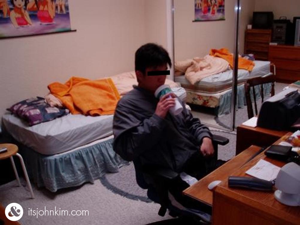 roommate-2_01