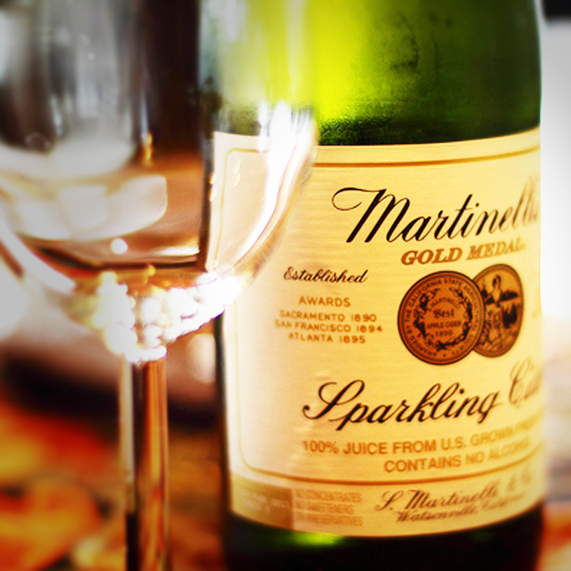 martinelli's sparkling apple cider