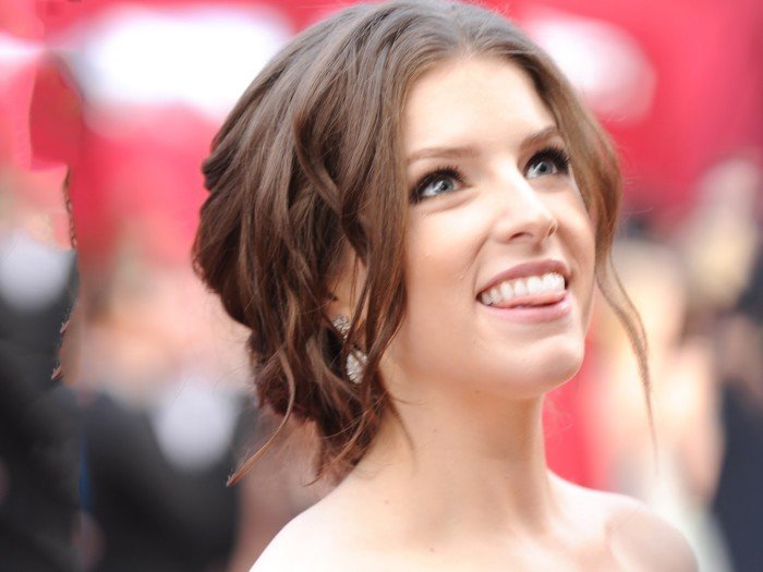 Anna-Kendrick-HD-wallpapers-HD